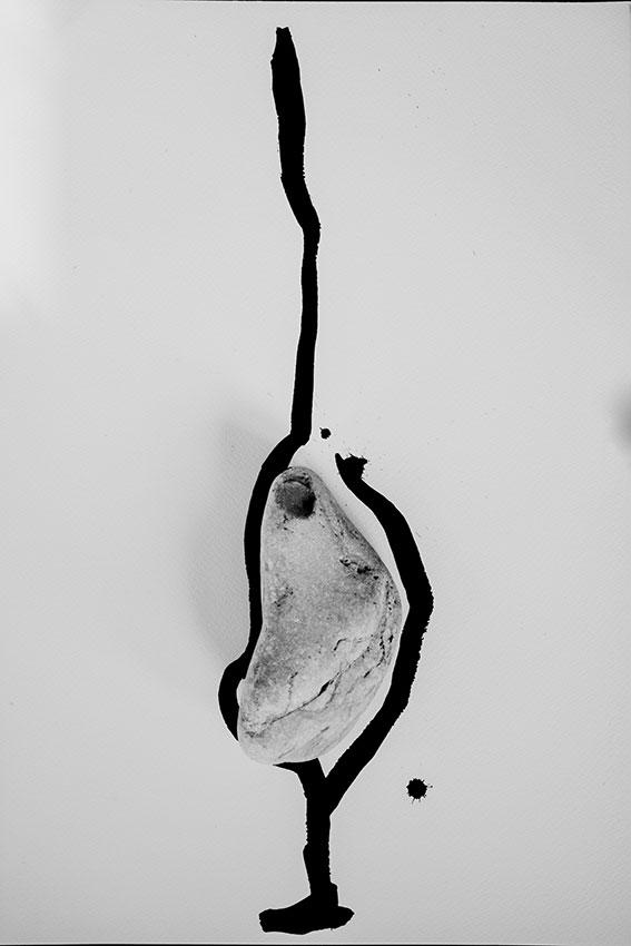 Meditation on Stones and Body #5. ©GBénard