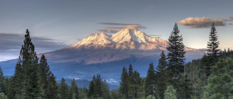 Mt Shasta Ca >> Mount Shasta California S Mysterious Mountain Graham
