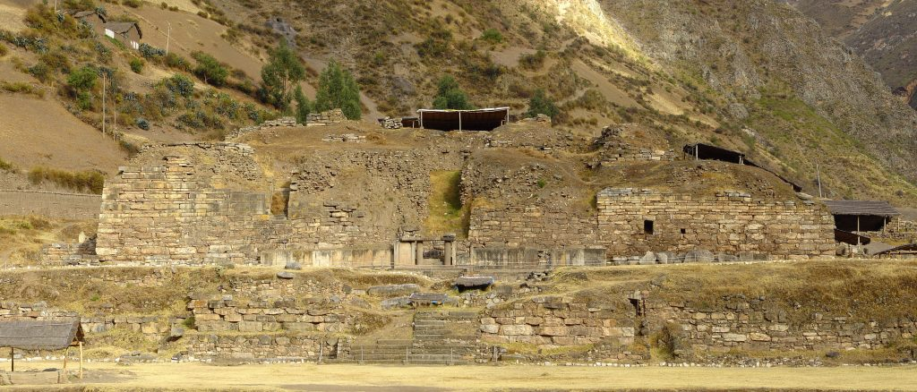 El Castillo Temple a Chavin de Huantar, Peru. Photo by Martin St-Amant. CC BY 3.0